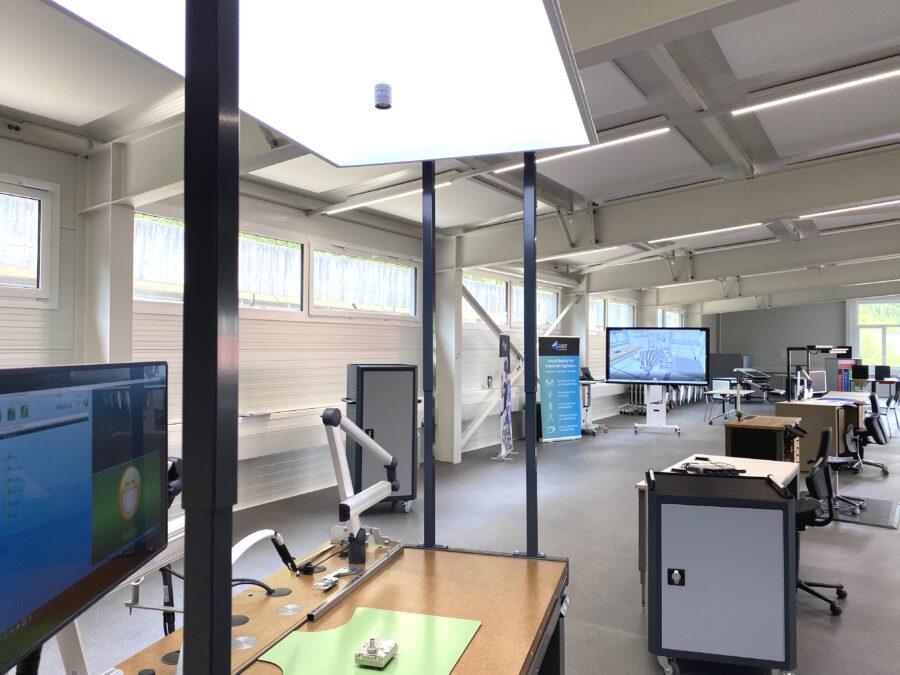 Kompetenzzentrum, Arbeitsplatz, ergonomische Werkbank, établi ergonomique, place de travail ergonomique, centre de compétence,
